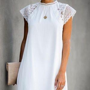 Vici MATRIMONIAL CROCHET LACE SHIFT DRESS